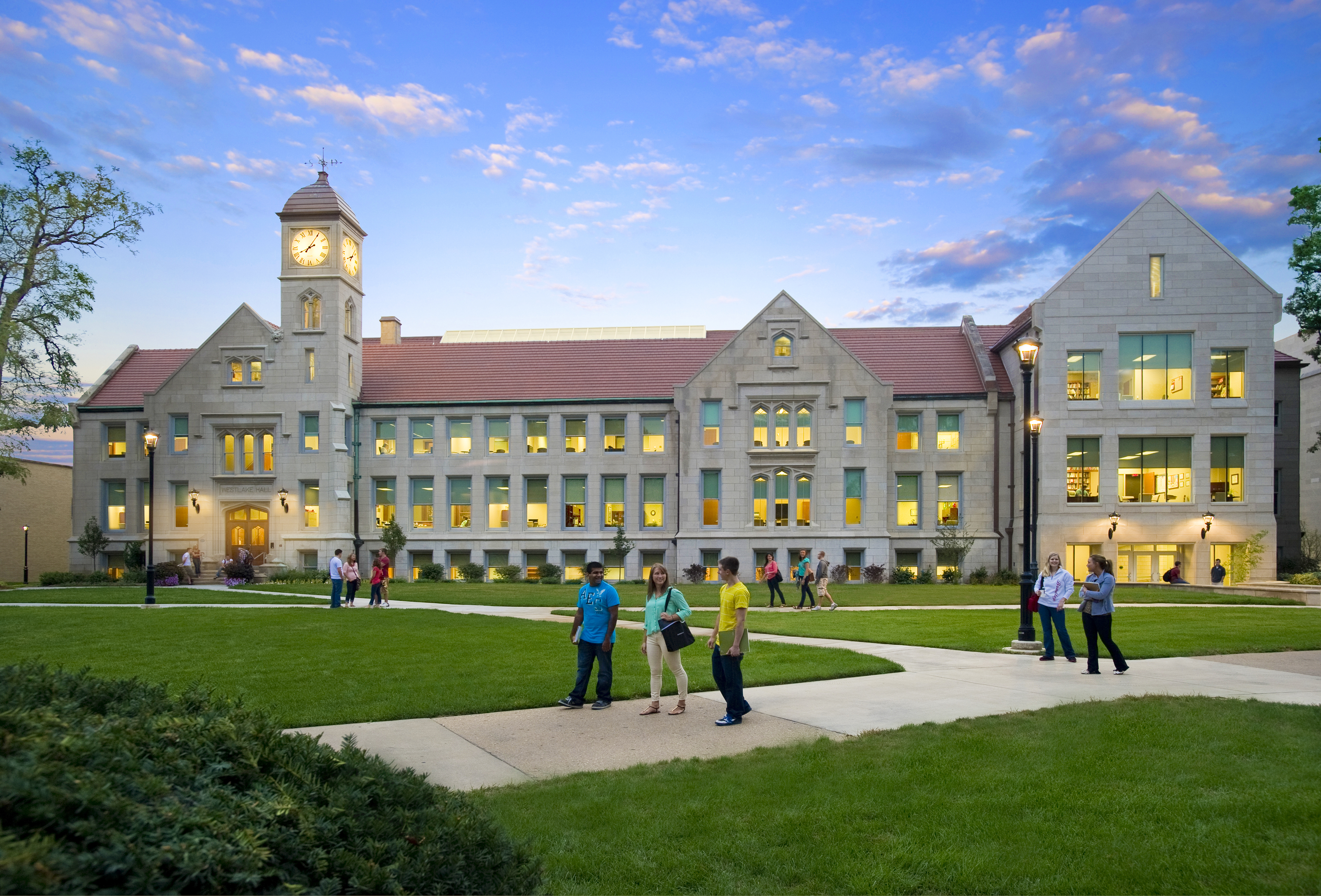 Bradley University is a private university in Peoria Illinois Founded in 1897 Bradley University currently enrolls 5400 students who are pursuing degrees in more